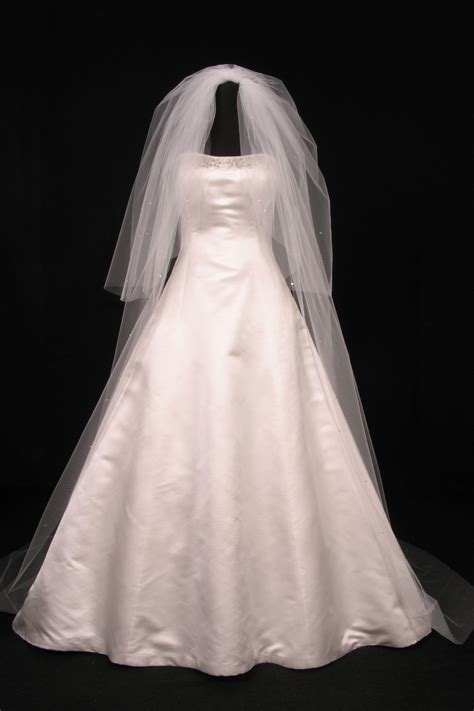 Your Dream Dress Exclusive S414VL Diamond White Cathedral
