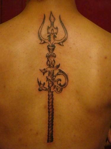om tattoo designs men 33 trishul images pictures and design ideas
