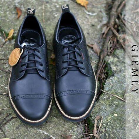 Bradleys Giemly Black bradley s giemly uaw x rp original sepatu formal kulit