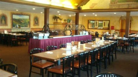 Daily Lunch Buffet Pizza Pasta Soup And Salad Bar Yum Wisconsin Dells Buffet