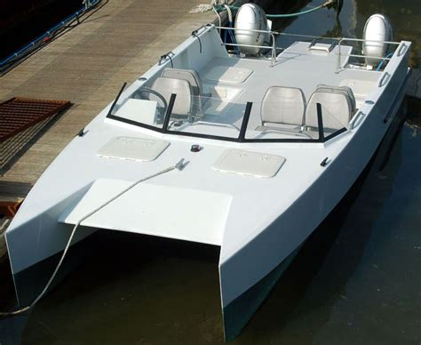 catamaran boat small power cat cleanest small cat i have seen small