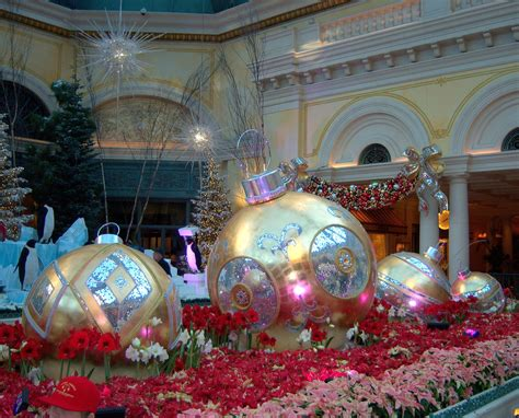 bellagio conservatory christmas display i put my life on