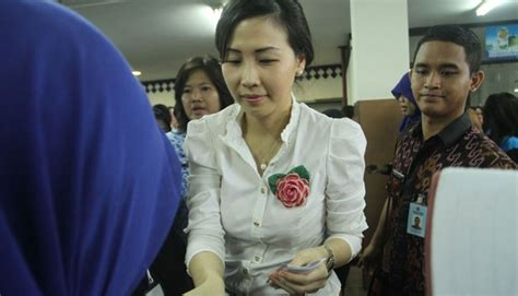 ahok wife jakarta council cancels summoning ahok s wife metro