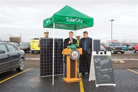 solar city 10 breakthrough technologies 2016 solarcity s gigafactory