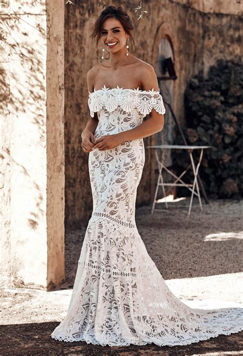 shop cien lace wedding gowns accessories grace loves