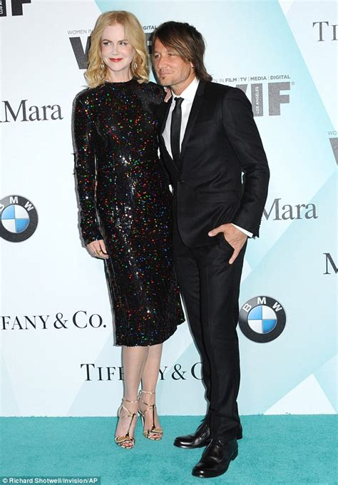 Awards Galas Crowd Pre Globes Weekend by Kidman Suffers An Epic Make Up Fail At The In