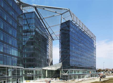 di bologna sede copertura in acciaio a forma libera nuova sede comunale