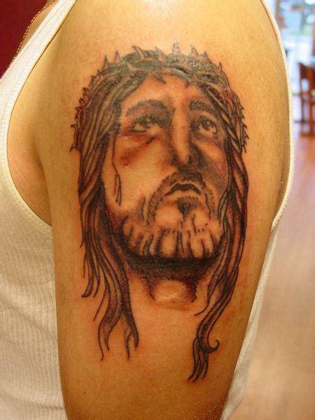 shoulder tattoo pain 59 jesus designer shoulder tattoos