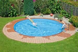 runder pool im garten garten pool selber bauen eine verbl 252 ffende idee