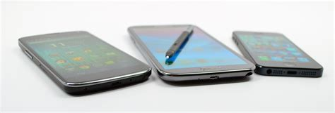 galaxy 2 review galaxy note 2 review great but awkward to hold