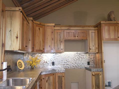 yellow pine kitchen cabinets yellow pine kitchen cabinets manicinthecity