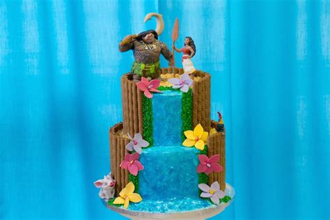 Easy Cake Decorating At Home by Southern Blue Celebrations Moana Cakes Cupcakes Amp Cookies