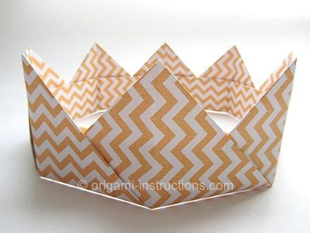 How To Make A Crown Out Of Construction Paper - 1000 ideas about paper crowns on paper dolls