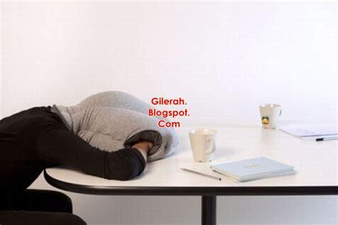 Bantal Tidur Untuk Wanita bantal untuk yang nak tidur dalam class office gilerahh