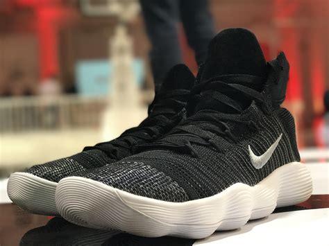 Sepatu Basket Nike Hyperdunk 2017 High Flyknit Black green white womens nike hyperdunk 2017 shoes