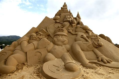 Fan Sanden sand sculpture 5 inhabitots