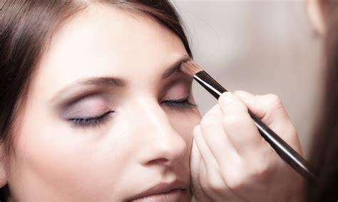 Makeup Class academy of makeup artistry style guru fashion glitz