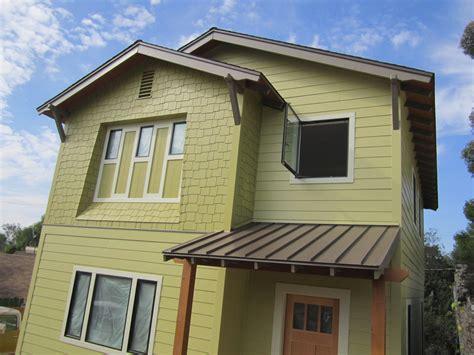 color me mod green button homes