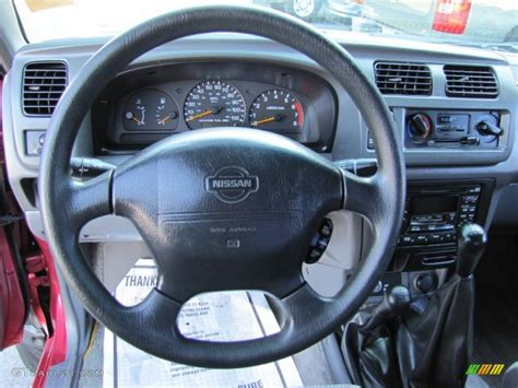 1998 Nissan Frontier Interior by 1998 Nissan Frontier Xe Extended Cab 4x4 Gray Dashboard