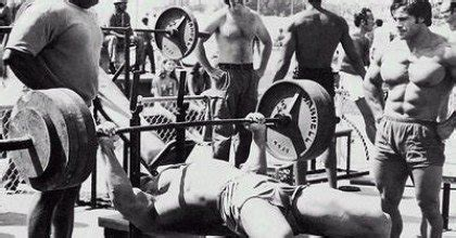 how much to bench how to bench press properly in five simple steps