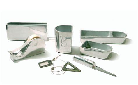 oggetti da scrivania oggetti da scrivania calamaio piedi di with