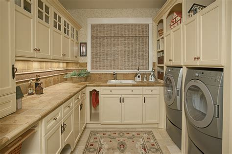 Backsplash Ideas For Kitchen With White Cabinets by Laundry Room Amp Pantry Traditional Laundry Room