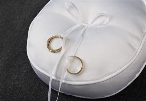 David Tutera Bridal Collection Round White Ring Bearer