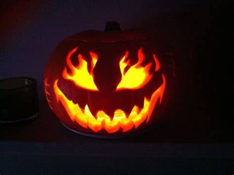 scary pumpkins faces edis scary toast
