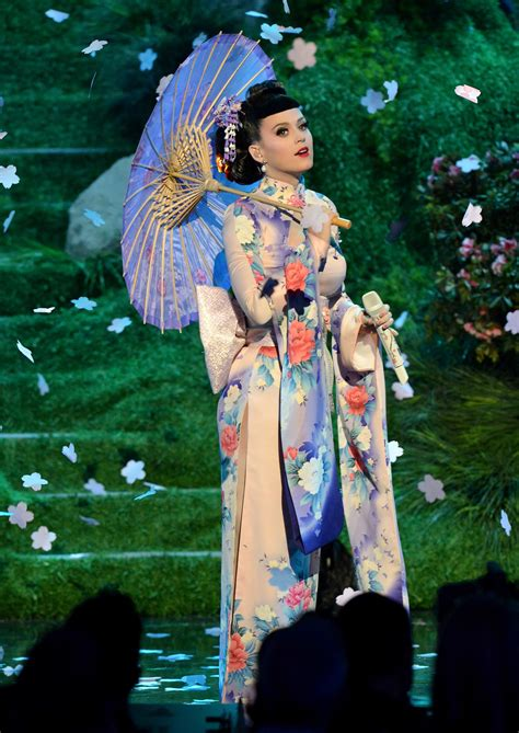 images of katy perry gzsihai com katy perry opened the american music awards with a