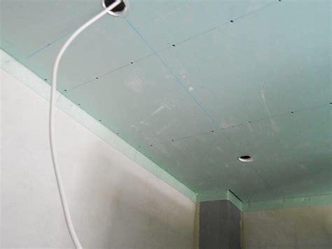 Decke Mit Spots by Abgehngte Decke Mit Spots Modernes Wohnzimmer Abgehngte