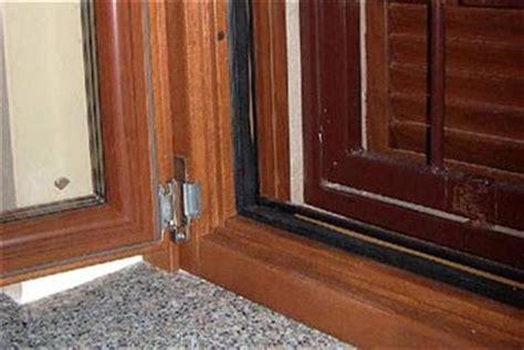 serrature per persiane fratelli nardin serramenti in legno infissi per interni