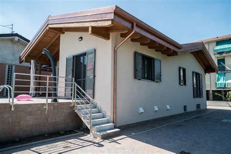 casa cameri casa in legno modello cameri novara di building evolution