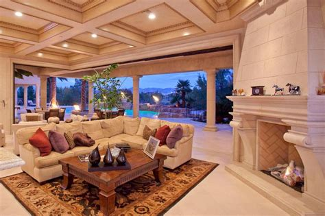 las vegas home decor tour gavin maloof s las vegas home hgtv