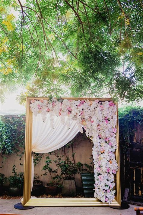 Wedding Backdrop Frame by How To Add Flower In Backdrop For Wedding Photo Shoot