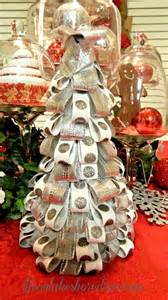 Diy Christmas Centerpieces Pinterest - 17 best images about christmas diy decorations on pinterest trees christmas trees and mantles