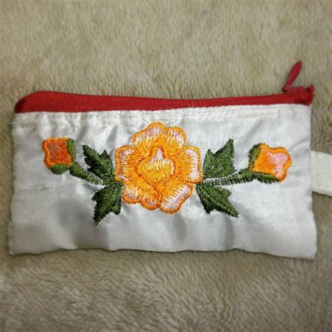 Dompet Bordir hisyana kerajinan bordir kerancang khas tasikmalaya aneka dompet bordir souvenir