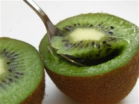 can eat kiwi can you eat kiwi fruit skin med health net