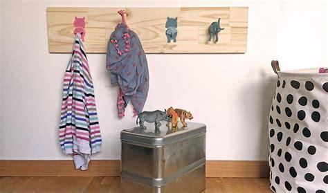 porte manteau chambre enfant id 233 e d 233 co pour chambre d enfant diy portemanteau animaux