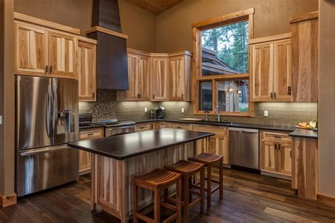 hickory kitchen cabinets images best 25 hickory kitchen cabinets ideas on
