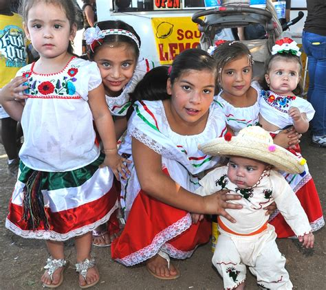 traditions for families mexican family traditions pictures to pin on