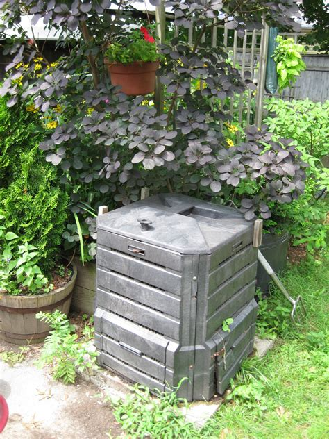backyard composting bin backyard compost bins 28 images how to make a low cost compost bin for your garden