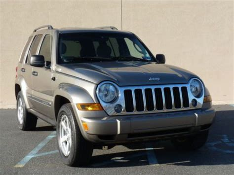 05 Jeep Liberty Buy Used 05 Jeep Liberty Limited 4x4 Auto 3 7l V6 4dr