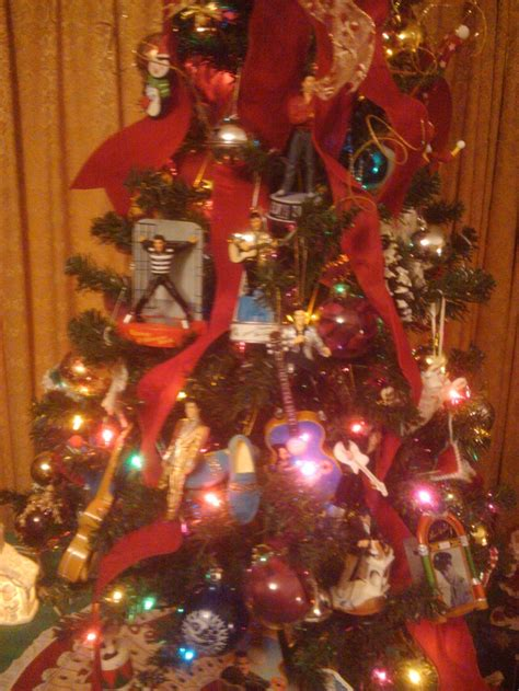 my elvis christmas tree 2011 elvis pinterest