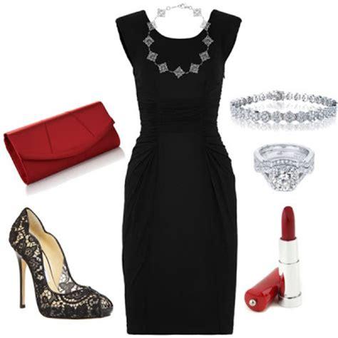 como decorar un traje de baño negro la chica bien 10 formas de combinar un vestido negro