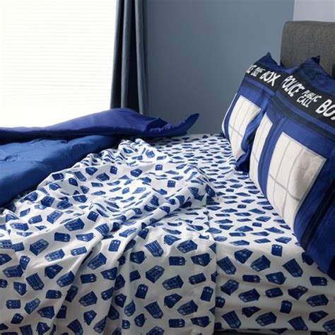 24 ways to geek up your bed with nerdy sheets and bedding
