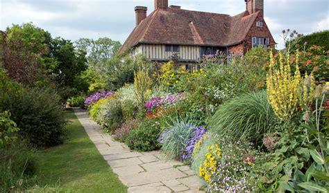 great dixter historic and botanic garden trainee programmes