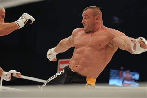 fedor emelianenko bench press mariusz pudzianowski vs aleksander emelianenko in april