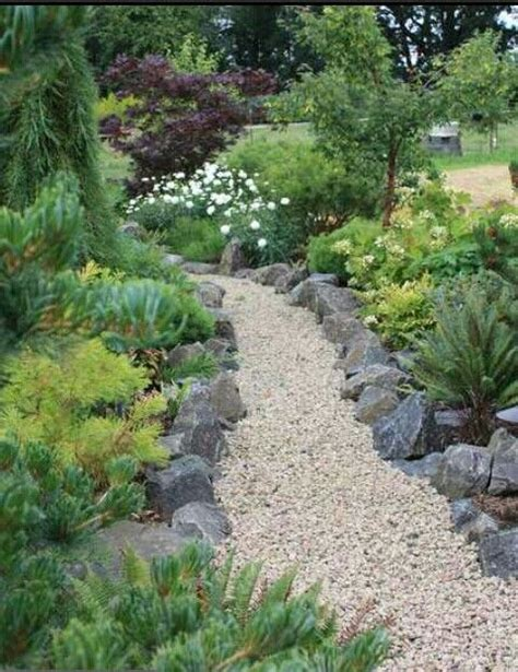 landscaping pathways stone lining pea gravel path front and back yard ideas