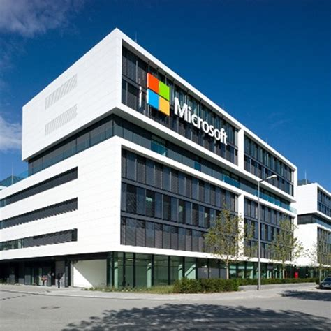 sede microsoft light flooded offices in the new microsoft company