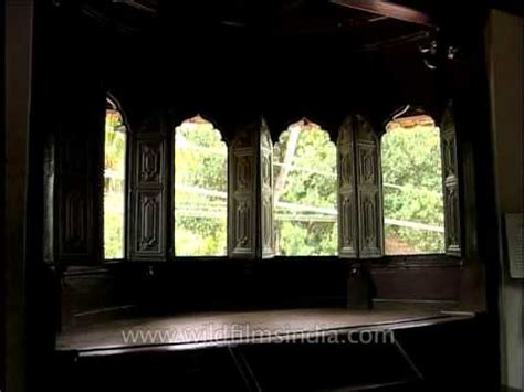 shuttered palace padmanabhapuram palace adorned with carved wooden